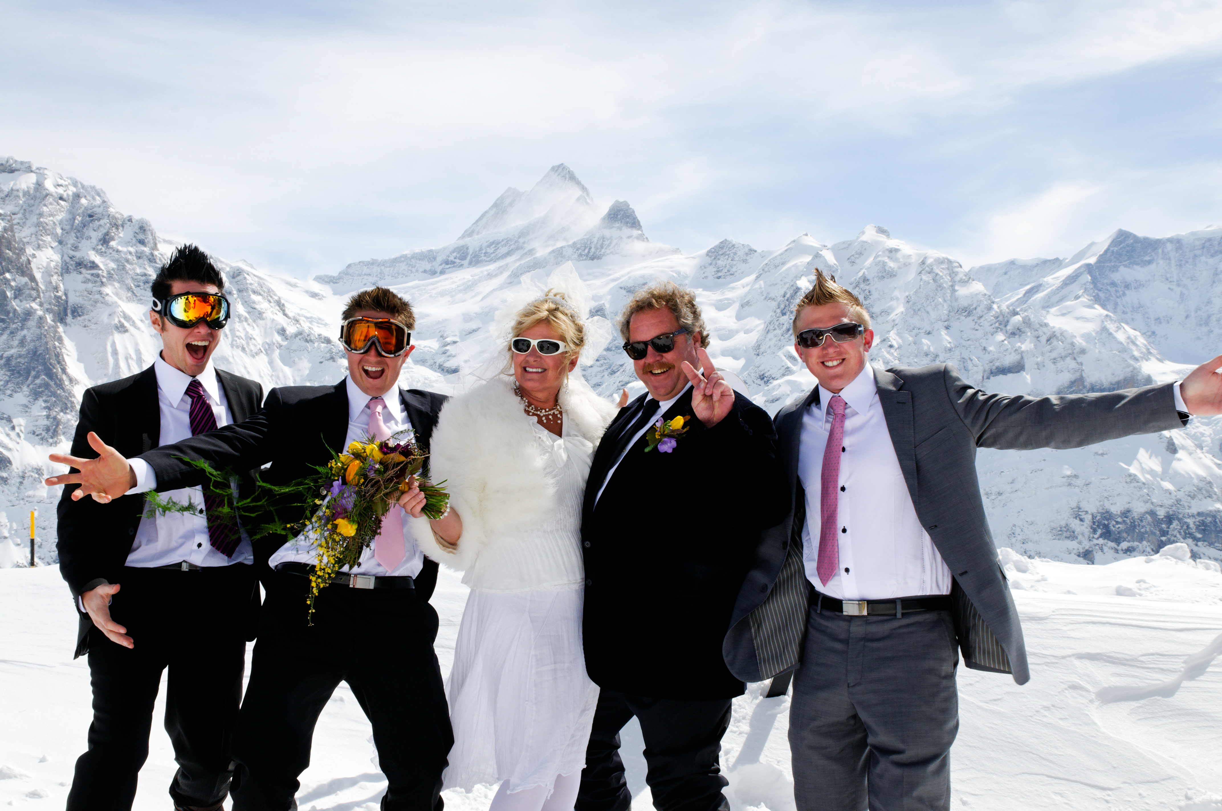 Kleine Scheidegg skiing, First Grindelwald ski guiding and wedding