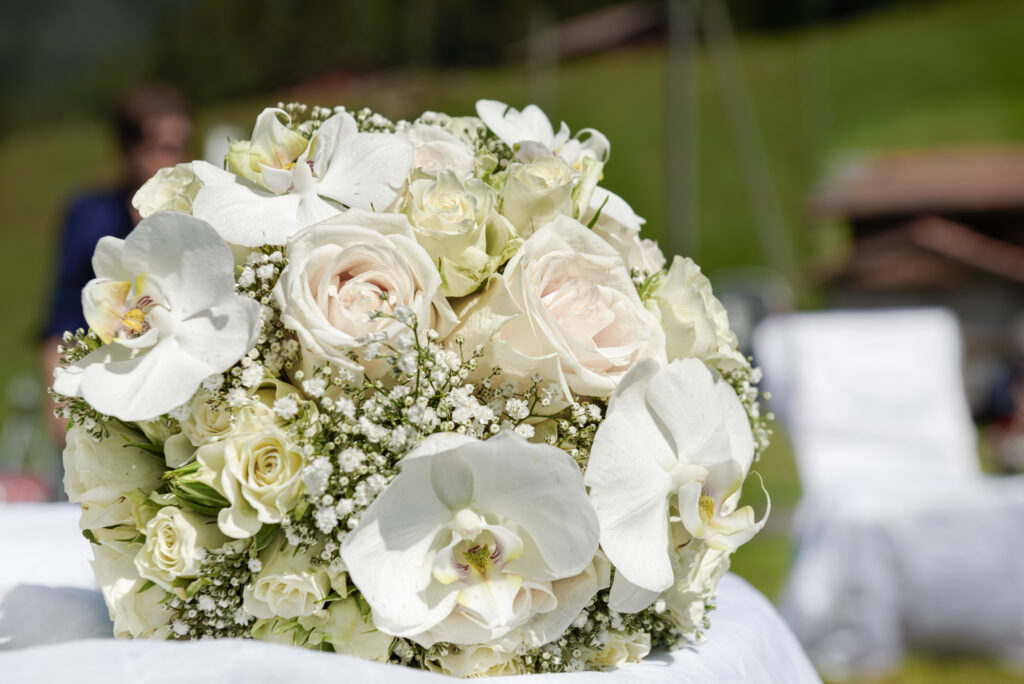 swiss flowers for your elopement