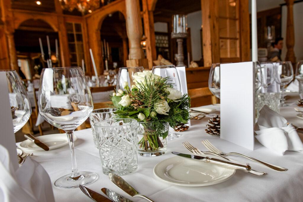 photographer winter wedding in switzerland