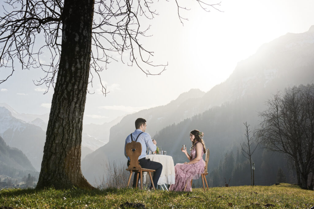 Romance and picnic for your elopement Switzerland